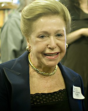 English: Mary Higgins Clark at the Mystery Boo...