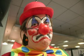 File:Sad Clown October 31, 2007 (1878611309).jpg