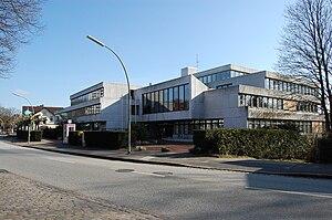 Deutsch: Das Reinbeker Rathaus English: Reinbe...