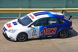 English: Tom Chilton driving his Ford Focus ST...