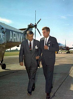 Wernher von Braun walking with President Kenne...