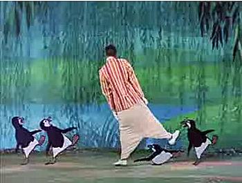 English: Screenshot of Dick Van Dyke from the ...