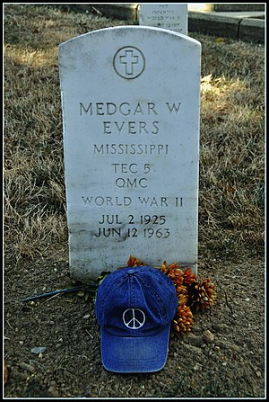 Medgar Evers, Assassinated Civil Rights Hero (...