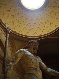 Patung Poseidon di Museum Arkeologi Bologna