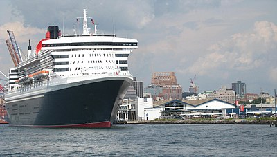QM2 Brooklyn red hook