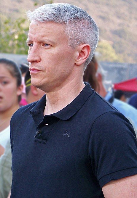Anderson Cooper reporting on coolness