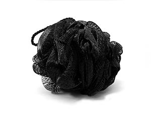 English: Black mesh sponge used for bath hygiene.