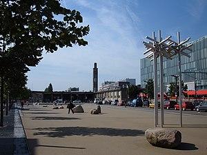 Stationsplein Enschede with sculpture Bomen II...