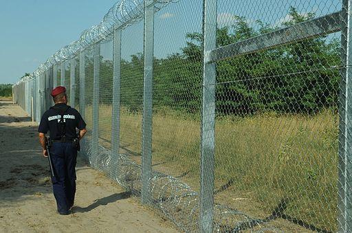 Hungarian-Serbian border barrier 2
