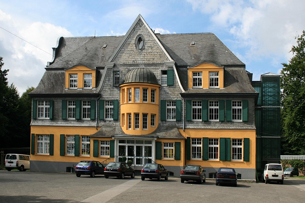 Am Kuhbaum 50 (Mönchengladbach) – Wikipedia