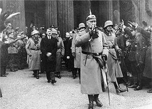 Bundesarchiv Bild 102-00783, Berlin, Hindenbur...
