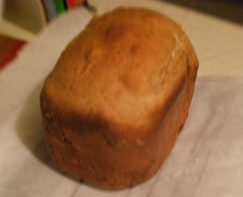 English: Baked loaf from Bread Machine