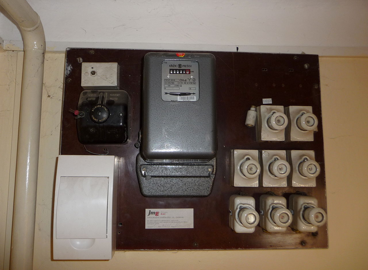 electric meter box wiring diagram e36 stereo file czech electricity and fuse jpg wikimedia