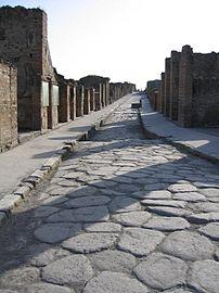 Street in Pompeii {{sv|En lugn gata i Pompeji}}