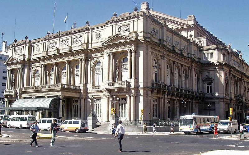 Teatro Colòn Esterno