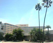 Beverly Hilton - Wikipedia