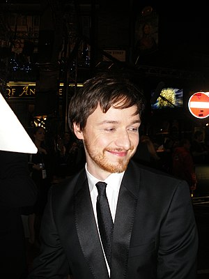 English: James McAvoy at 2008 BAFTA Awards' re...