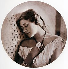 (c) Julia Margaret Cameron - Early 1860s photo