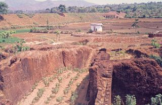 Abandoned laterite quarry at Angadipuram, Kera...