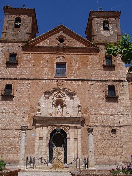 Archivo:Almagro. Iglesia de San Bartolomé.jpg