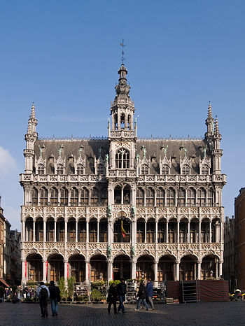 English: The 'Broodhuis' (= Breadhouse) or 'Ma...