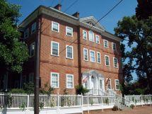 Chase Lloyd House - Wikipedia