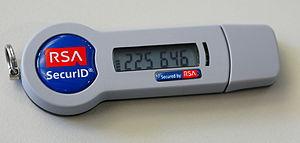 English: An RSA SecurID SID800 token with USB ...