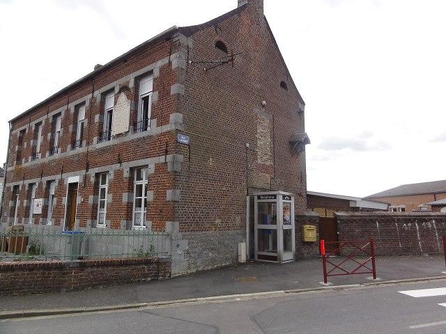 Wattignies-la-Victoire (Nord, Fr) école.jpg