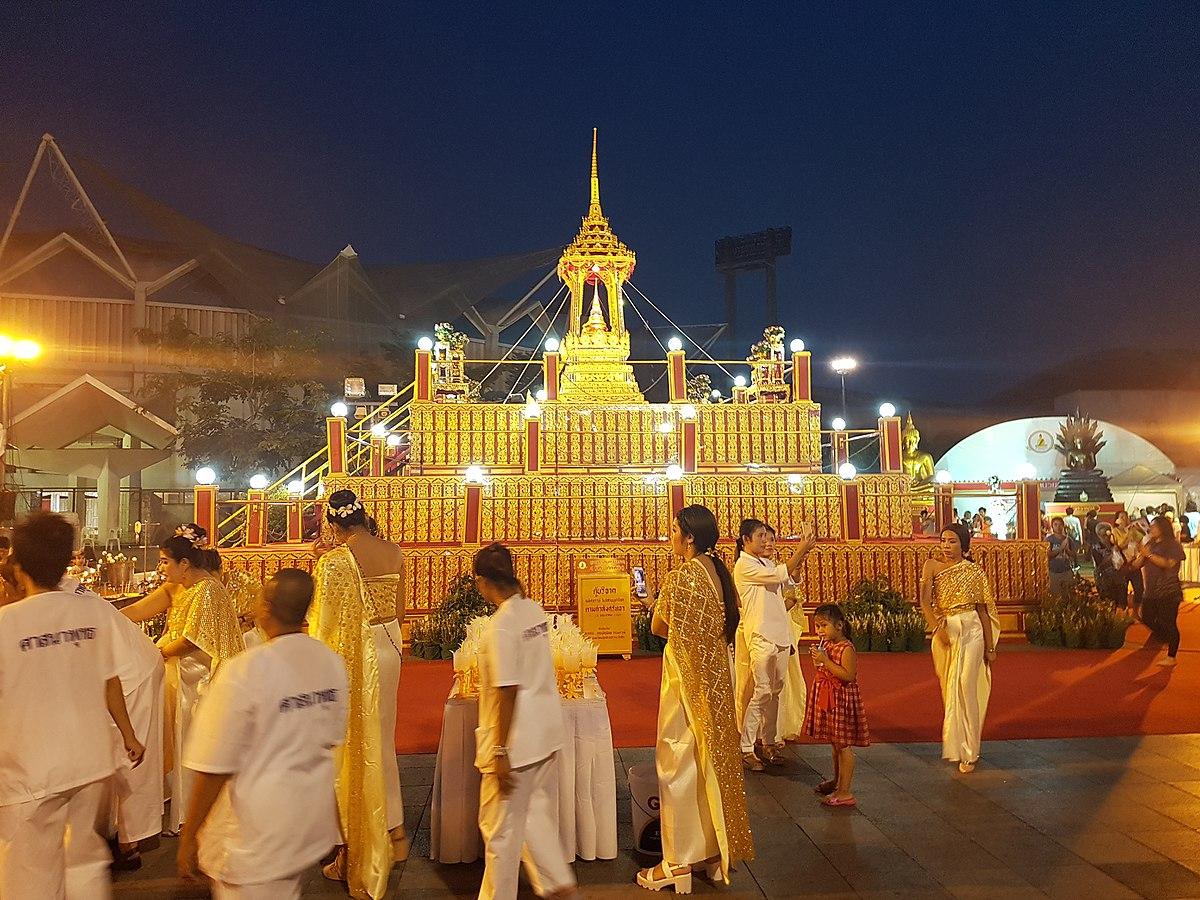 衛塞節 - 維基百科,因此成為了雙重慶典。由40多國佛教代表參與的國際佛教會議,自由的百科全書