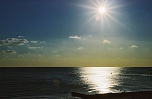 Brighton-Seafront-Contrejours-01