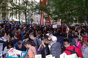 English: Photos of Occupy Wall Street on Day 2...