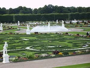 English: View of the Great Garden of the Herre...