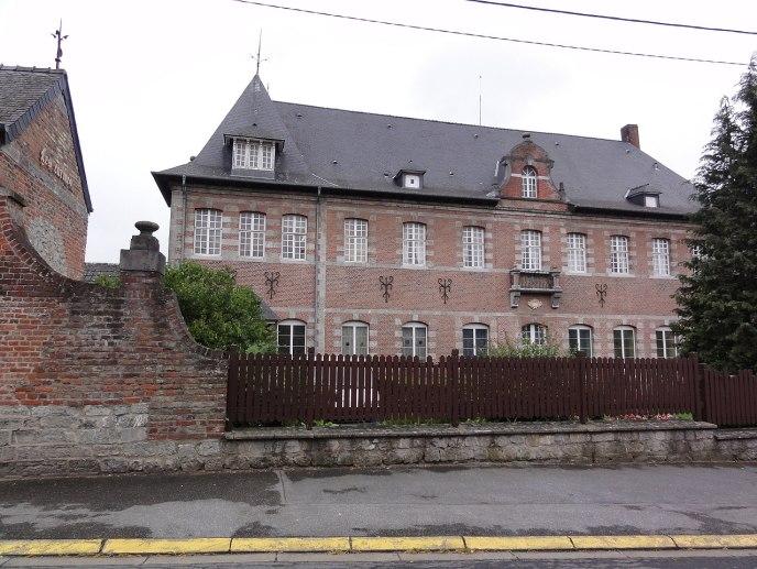 Trélon (Nord, Fr) Les Carmes.jpg
