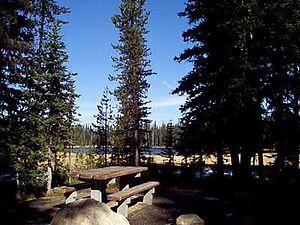 English: Grande Ronde Lake Campground in Wallo...