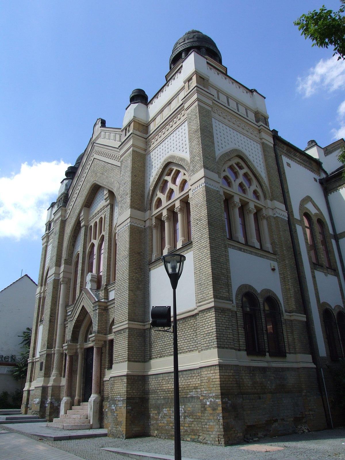 Nitra Synagogue  Wikipedia