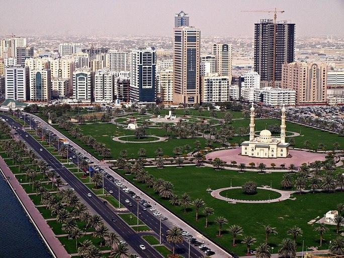 File:Abu Dhabi Corniche Skyline.jpg