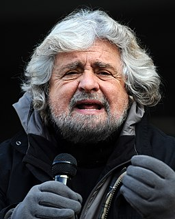 Beppe Grillo - Trento 2012 01