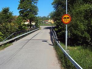 Bro över Gavelhytteån i Hammarby