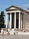 Pula Augustus Tempel.JPG