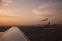 Aeropuerto Wikipedia La Enciclopedia Libre