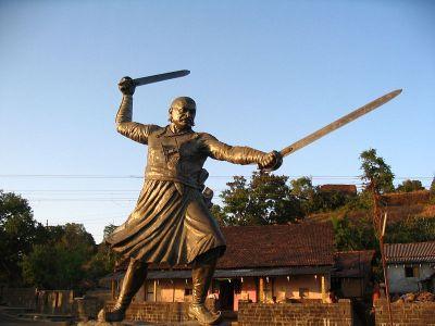 File:Baji Prabhu Deshpande Statue in Panhala Fort.jpg
