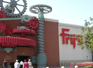 English: Fry's Electronics store in City of In...