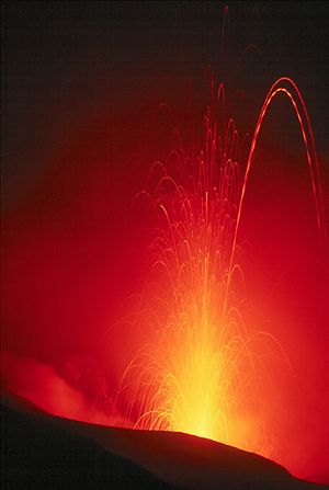 Eruption of Stromboli (Isole Eolie/Italia), ca...
