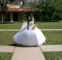 American bride wearing a Contemporary Western ...