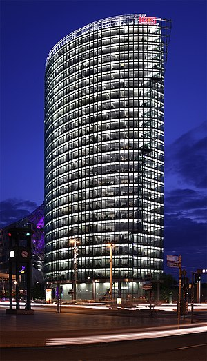 English: BahnTower (headquarter of the Deutsch...