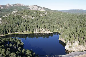 English: Horse Thief Lake in the Black Hills, ...