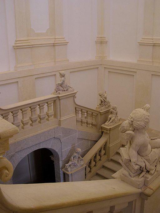 Palacio Real de Riofro  UN MUNDO FASCINANTE