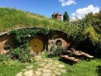 Ficheiro:A Hobbit House.jpg  Wikipdia, a enciclopdia livre