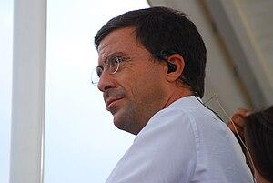 Italiano: Italo Bocchino è un politico, editor...