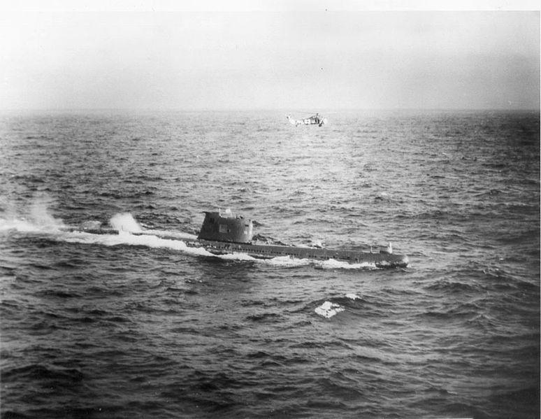 Datei:Soviet b-59 submarine.jpg